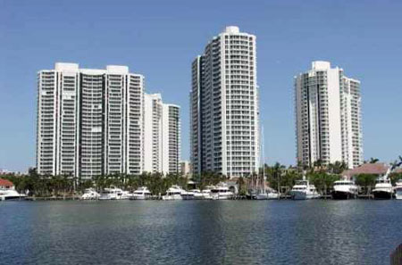 Mystic Pointe of Aventura 1